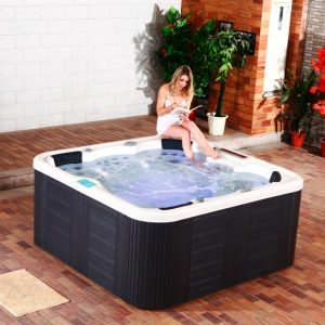 choisir un jacuzzi spa ext rieur pas cher instant site. Black Bedroom Furniture Sets. Home Design Ideas